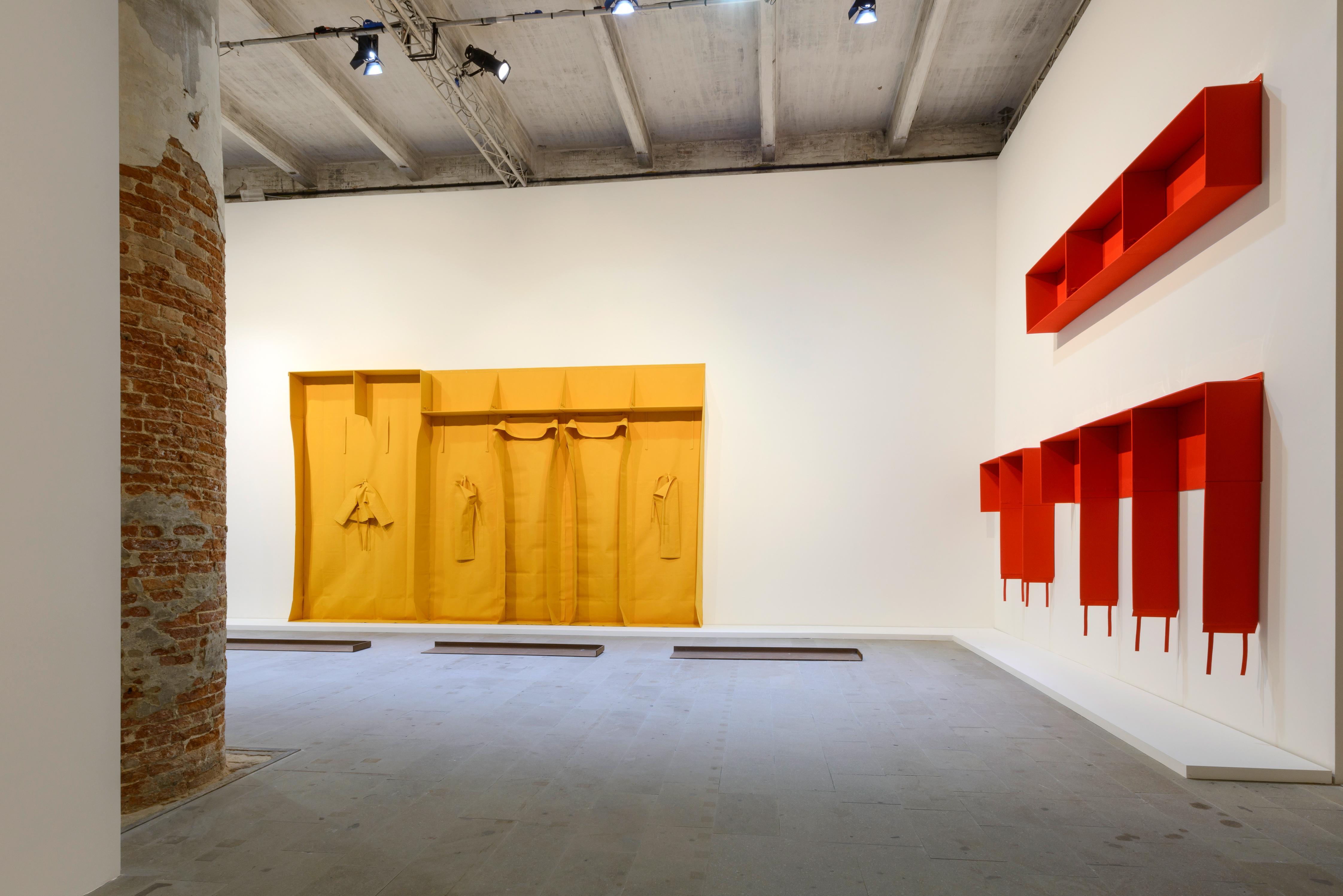 Франц Ерхард Валтер, Произведения от периода 1975-1986, смесени материали. Фото: Andrea Avezzù
